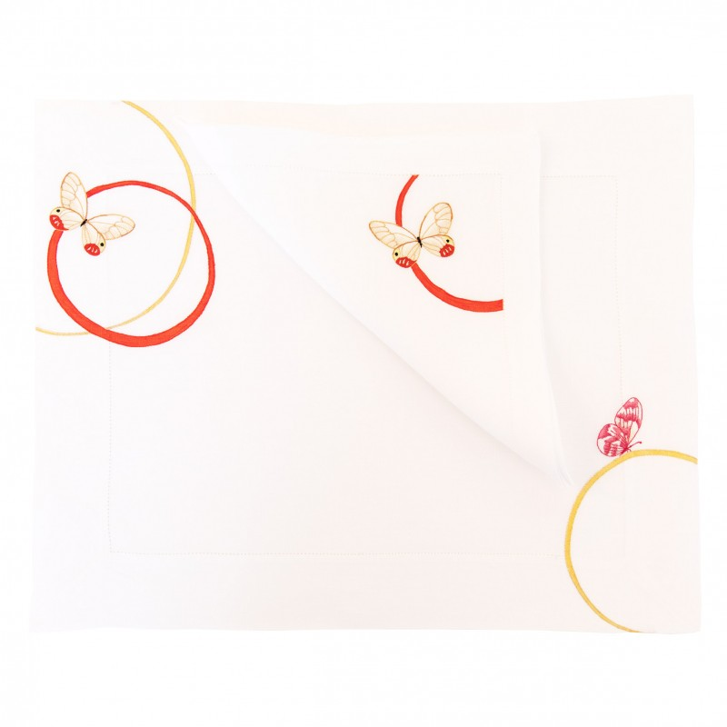 Placemat and Napkin Filet Papillon