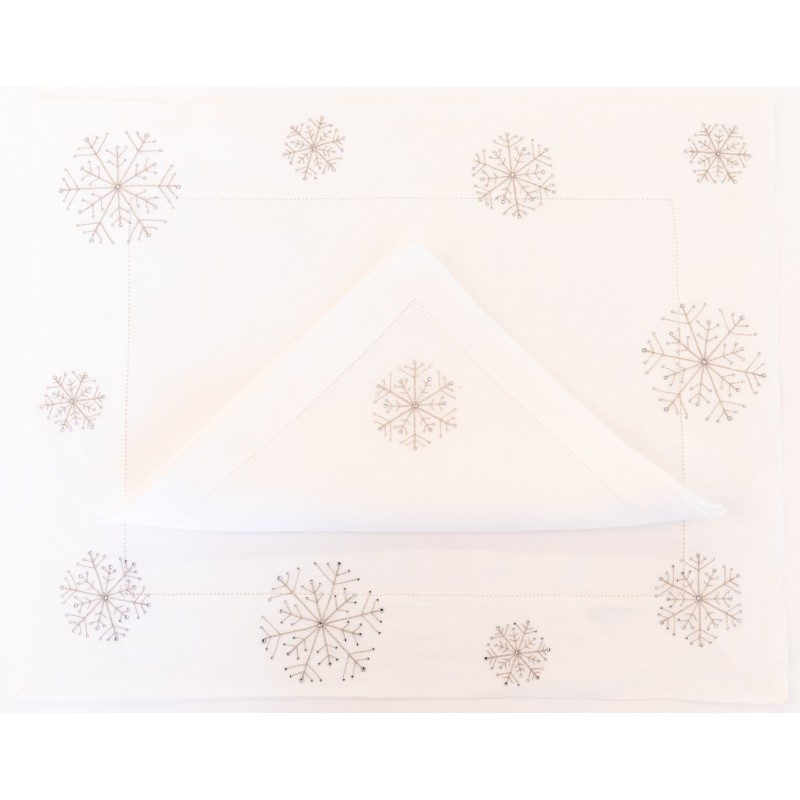 Placemat and Napkin Snowflakes B